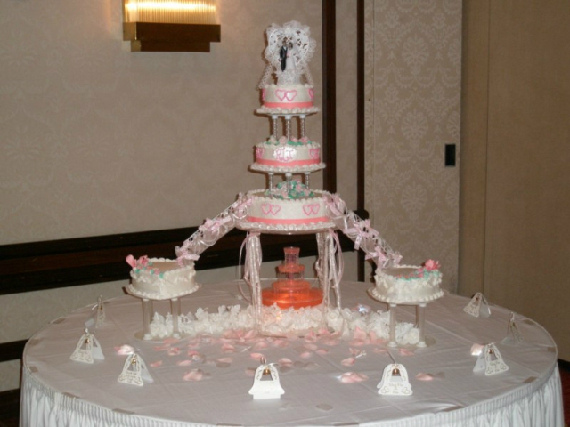 Stair and Fountain Wedding Cakes | Hart Bakery and Gifts ...